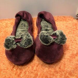 Dearfoams Women Slippers Purple Size Large 9/10